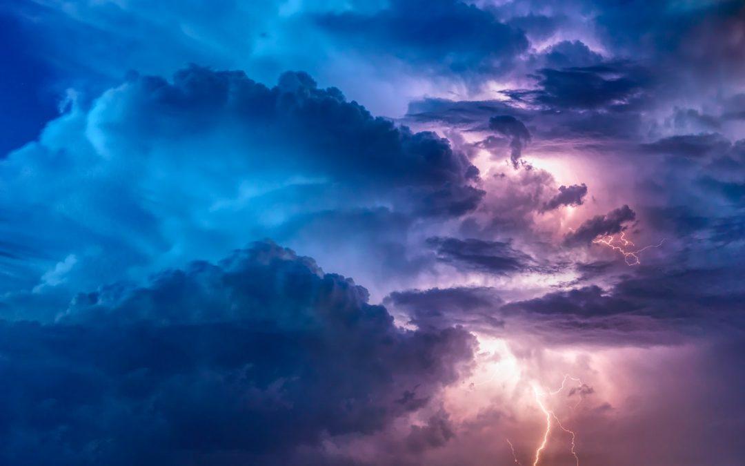 Jak podróżować kamperem, by się nie rozczarować – czyli najlepsze aplikacje do sprawdzania pogody