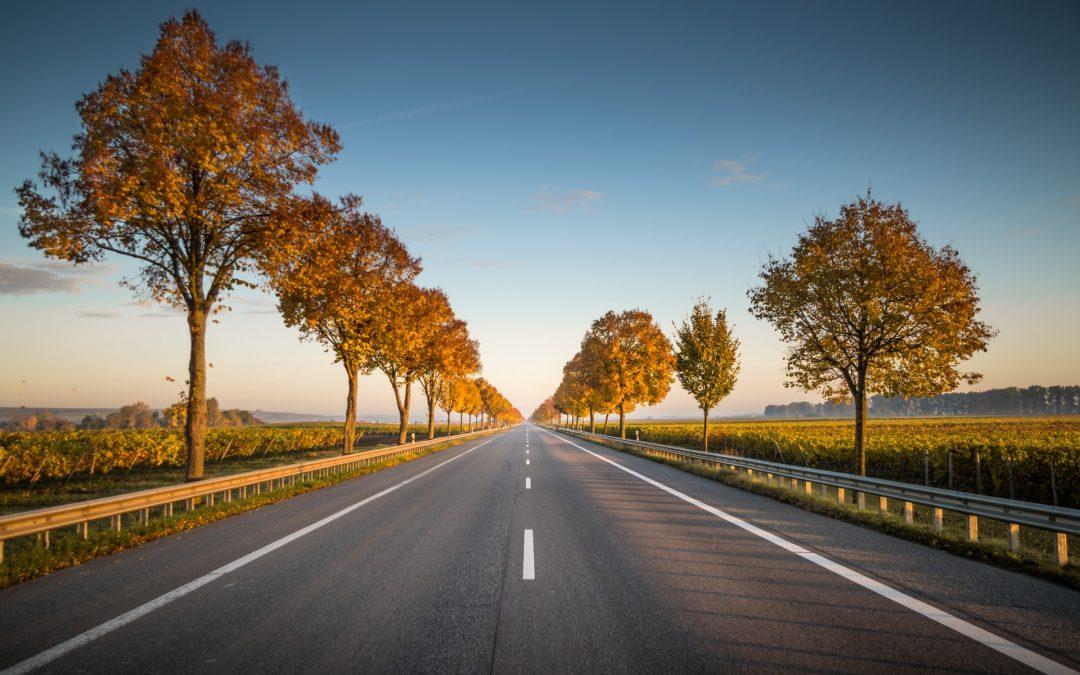 Planowanie trasy, a podróż kamperem – jak się za to zabrać